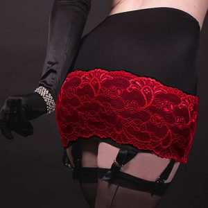 skirt girdle with suspenders