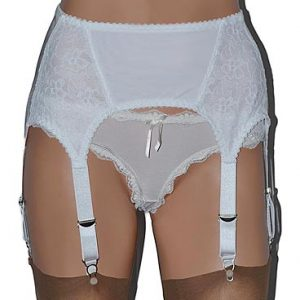 6 strap suspender belt in white lace