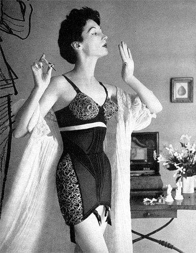 vintage girdles of the 1950s