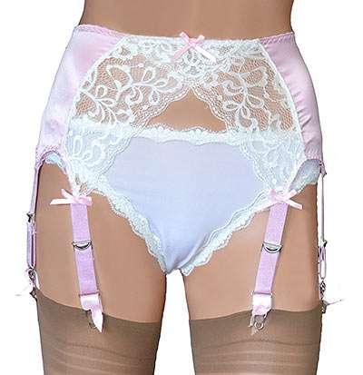 8 strap suspender belt in pink satin